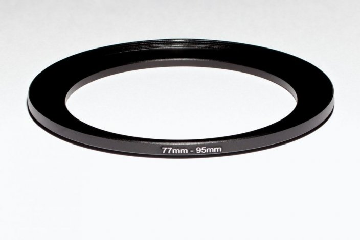 VFFOTO redukce - step up ring 77 mm na 95 mm